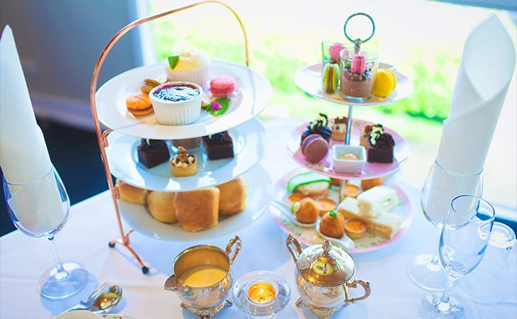 High Tea And Wine Tour | Wine Tour | Gold Coast | Flamingo Tours