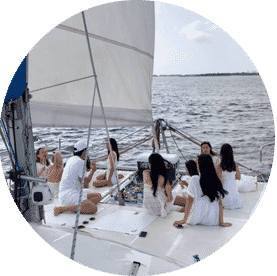 Sip and Breeze Tours | Gold Coast